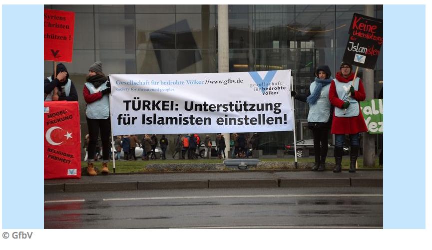 GfbV schreibt: Türkei: Angriffe auf Kurden demaskieren Ankaras doppelbödige Politik