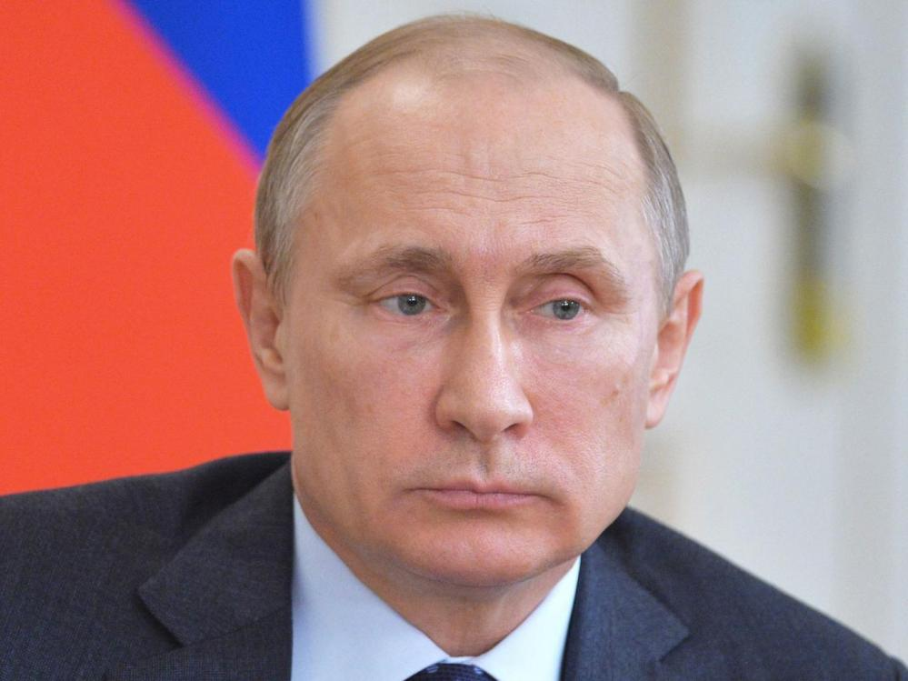 Putin told the Arab League that international military intervention was not the way to solve the world's conflicts EPA