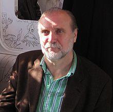 """Dževad Karahasan während einer Diskussionsveranstaltung im """"MELEZ""""-Zug der RUHR.2010 Quelle: Wikipedia"""