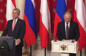 Heinz Fischer und Wladimir Putin geben in Moskau eine gemeinsame Pressekonferenz-Foto-Wolfgang Unterhuber