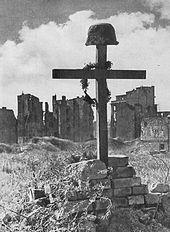 Das Grab eines polnischen Soldaten, Warschauer Aufstand, 1945